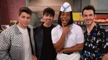 The Jonas Brothers Pay a Visit to Kel Mitchell and Good Burger in First All That Reboot Sneak Peek