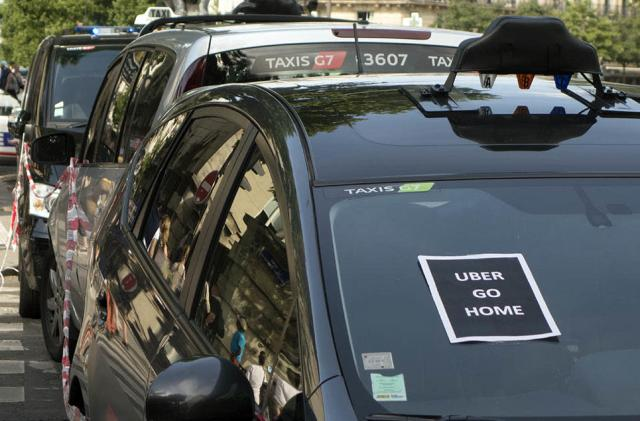 Uber defiant in the face of French ridesharing crackdown