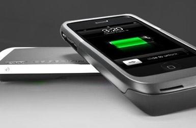 Case-Mate's Hug wireless iPhone charging solution shipping now for $100