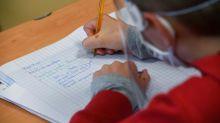 """""""Il ne s'agit pas de fournitures scolaires"""" : le député Lionel Causse souhaite la gratuité des masques pour les élèves"""