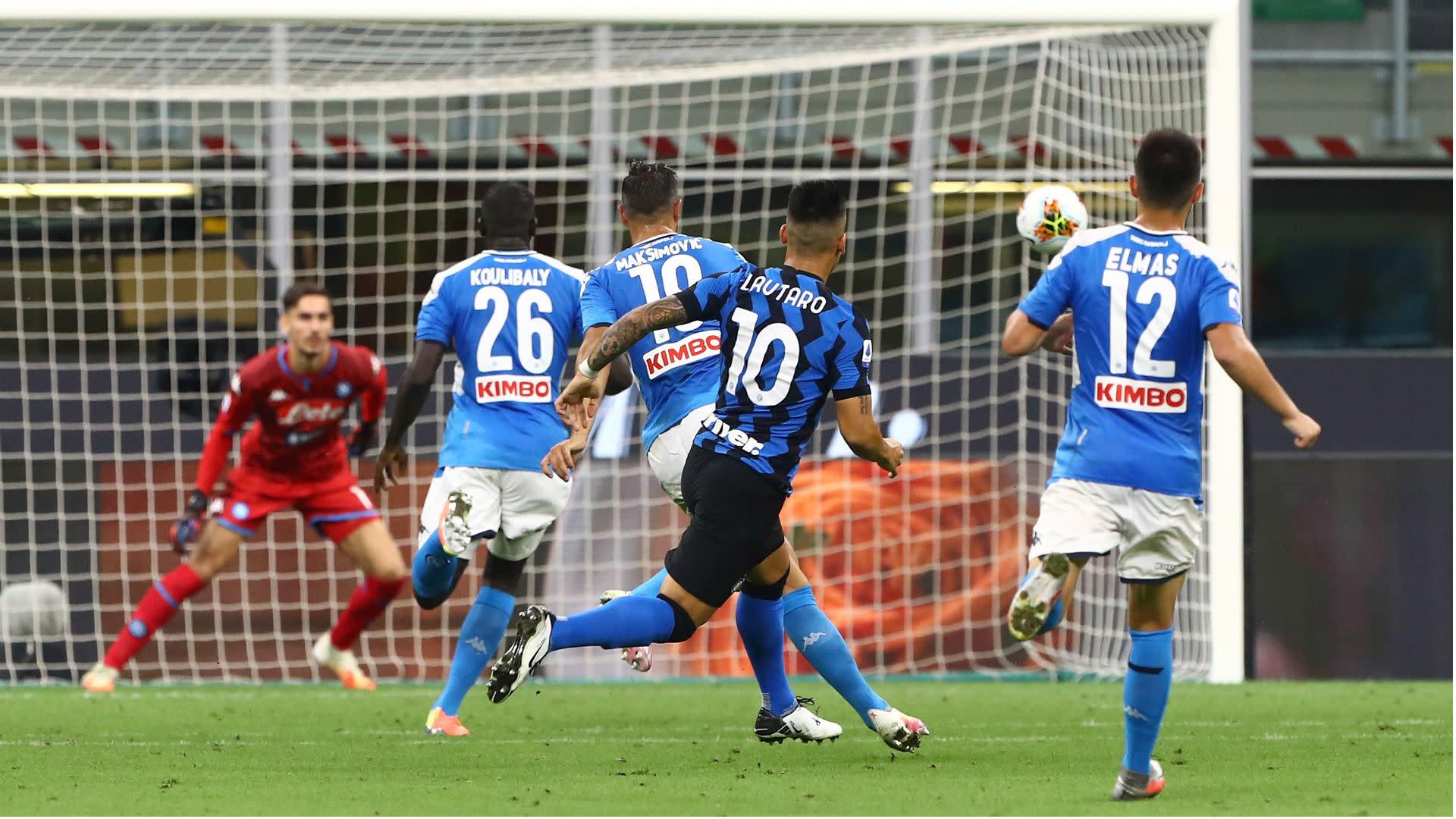 Inter 2-0 Napoli: Martinez scores stunner as unbeaten run continues