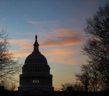 Bipartisan Bid to Avoid U.S. Shutdown Takes Shape in Senate
