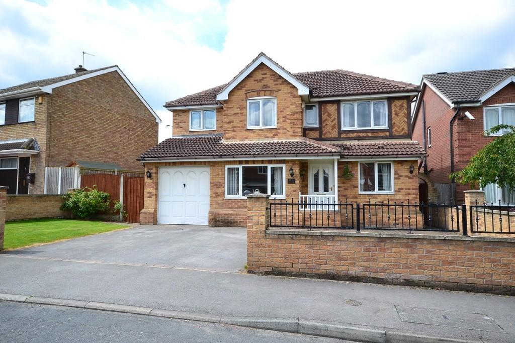 This lovely home was the ninth most popular property of the view. Potential viewers were drawn by the opportunity to buy a five-bedroom detached property, complete with a garage and a drive, for just £187,950.