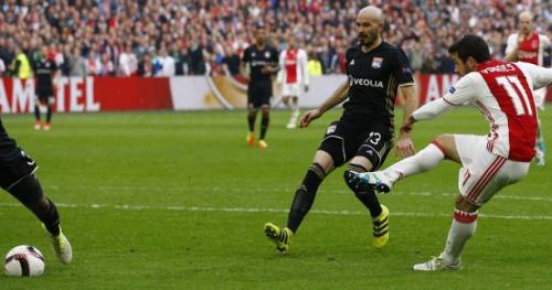 Foot - C3 - Vidéo : Amin Younes (Ajax Amsterdam) signe le 3-0 contre l'OL
