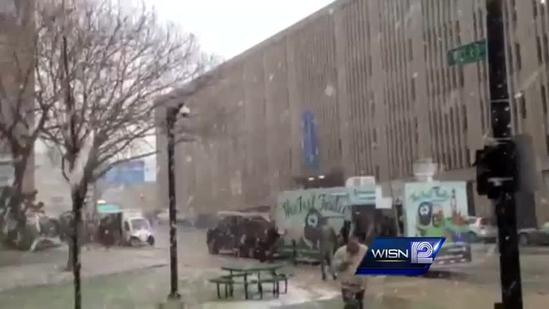 Yes, it's snow. Yes, its in Milwaukee