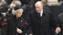 ¿Qué son las tarjetas opacas por las que Anticorrupción investiga a los reyes Juan Carlos y Sofía?