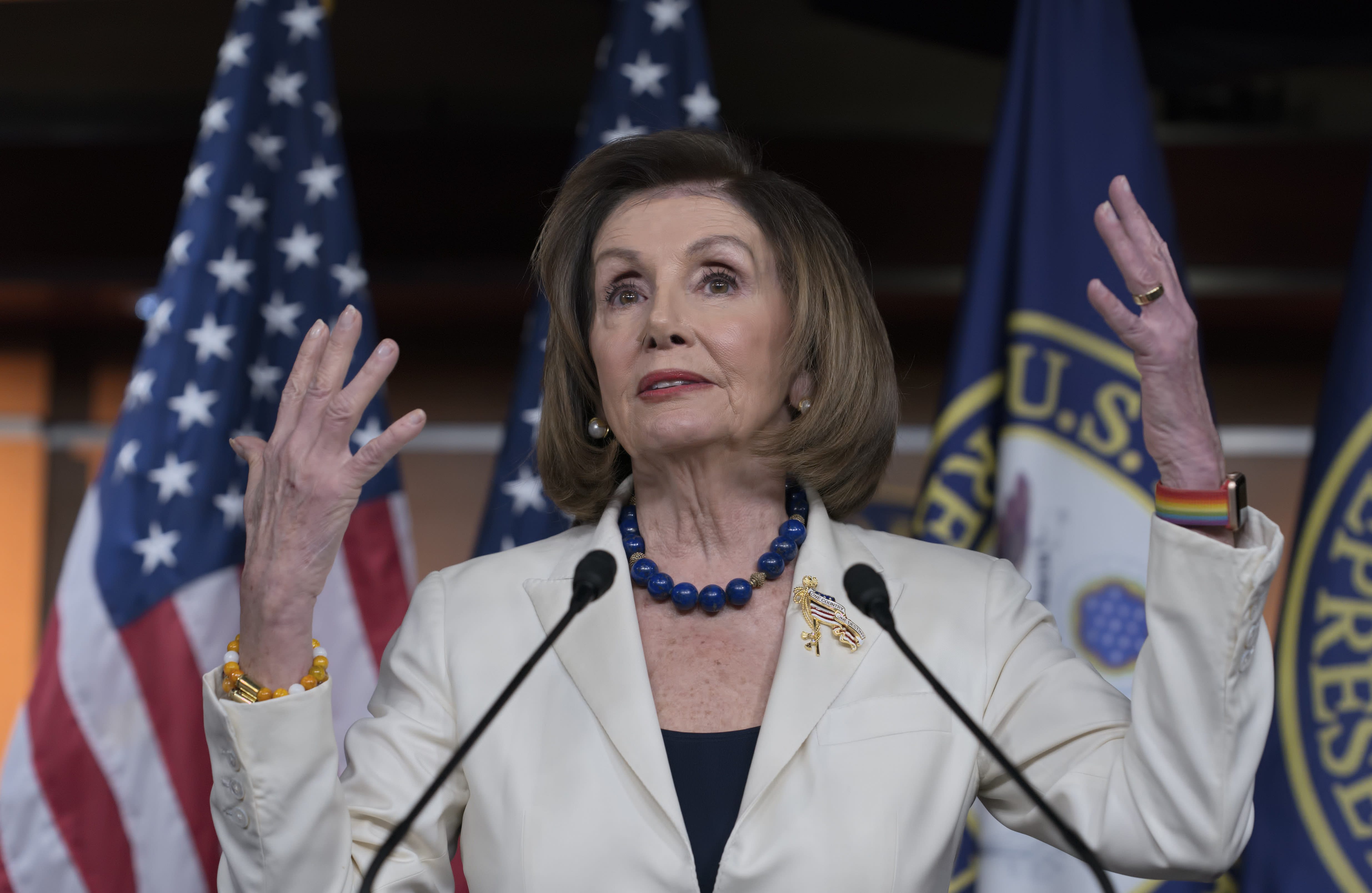 Stocks tick higher after Pelosi says House will forge ahead with impeachment