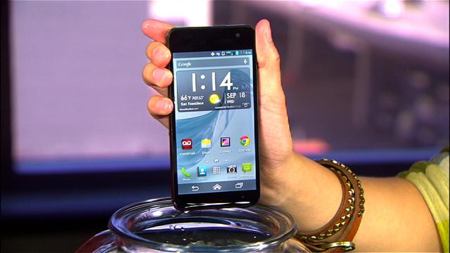 Dive in with the 4G LTE Kyocera Hydro Elite