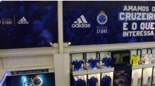 Ladrão invade loja oficial do Cruzeiro, alarme não dispara e ele leva roupas, bonés e R$ 150 do caixa