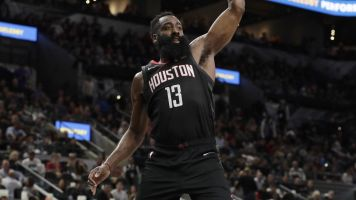 Reports: Rockets protesting loss to Spurs