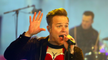 Olly Murs is training to become a magician