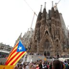 Clashes in central Barcelona on fifth day of separatist protests