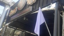 Pemilik Kafe dan Restoran Batal Kibarkan Bendera Putih di Bandung, Mengapa?