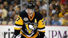 Penguins' Matt Cullen to miss 3-4 weeks with foot injury