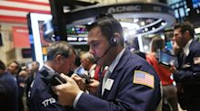 US futures point to a slightly higher open, ahead of data, Fed minutes