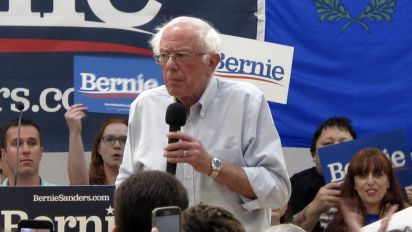 Bernie Sanders to take break from campaigning
