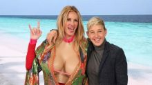 Ellen Gives Julia Roberts A Kardashian Makeover To Get More Instagram Followers