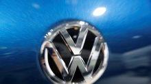 VW to reinstate lobbyist after suspension over diesel fume tests - Bild