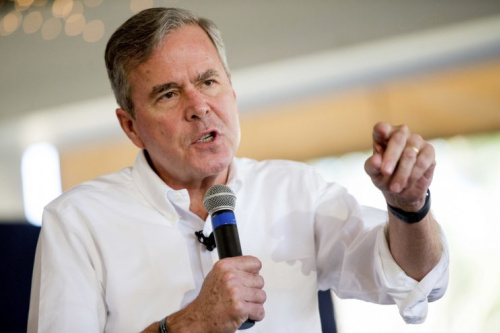 Jeb Bush reportedly pulled out of the Marlins bidding after a power struggle with Derek Jeter. (AP Photo)