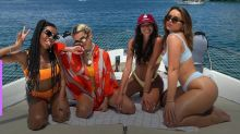 Manu Gavassi ganha festa de aniversário em barco e perde celular no mar