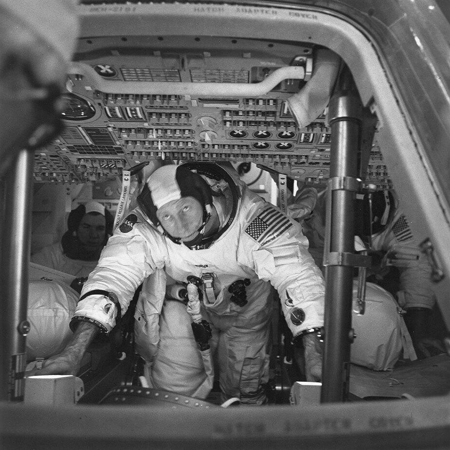 A former Jackson man who flew to the moon dies