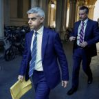 London Mayor proposes new COVID-19 restrictions