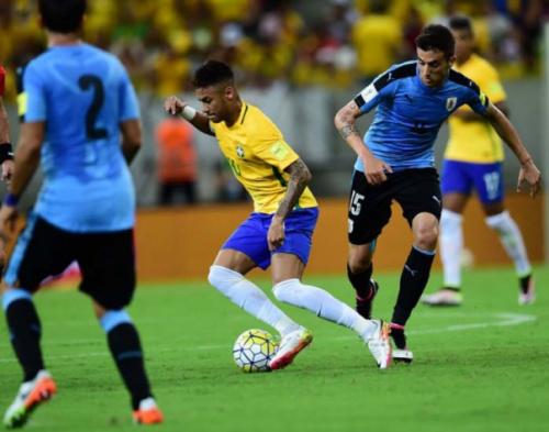 Uruguai x Brasil no Centenário vale muito mais do que um jogo