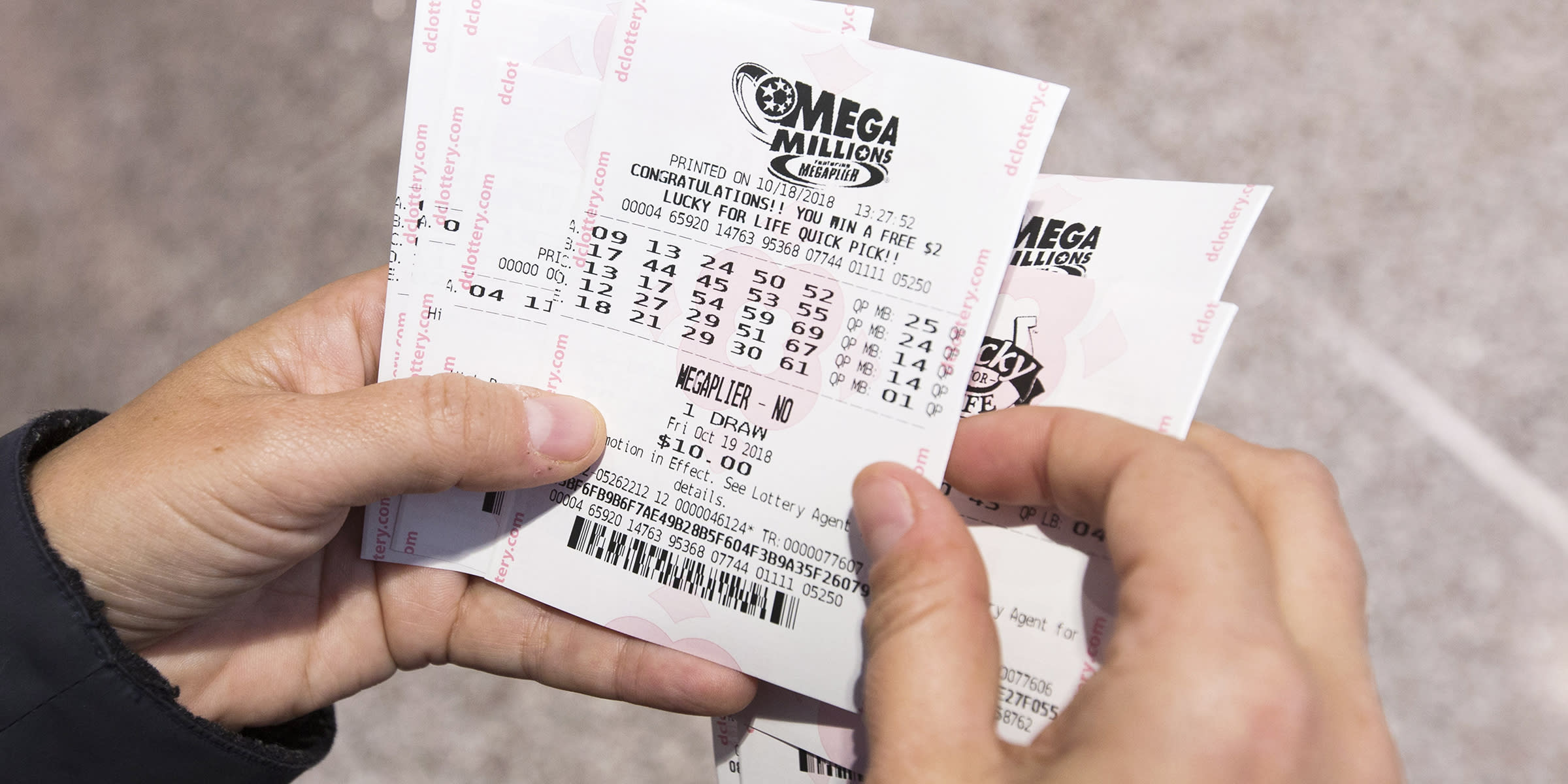 Winning $410M Mega Millions ticket sold in Phoenix suburb