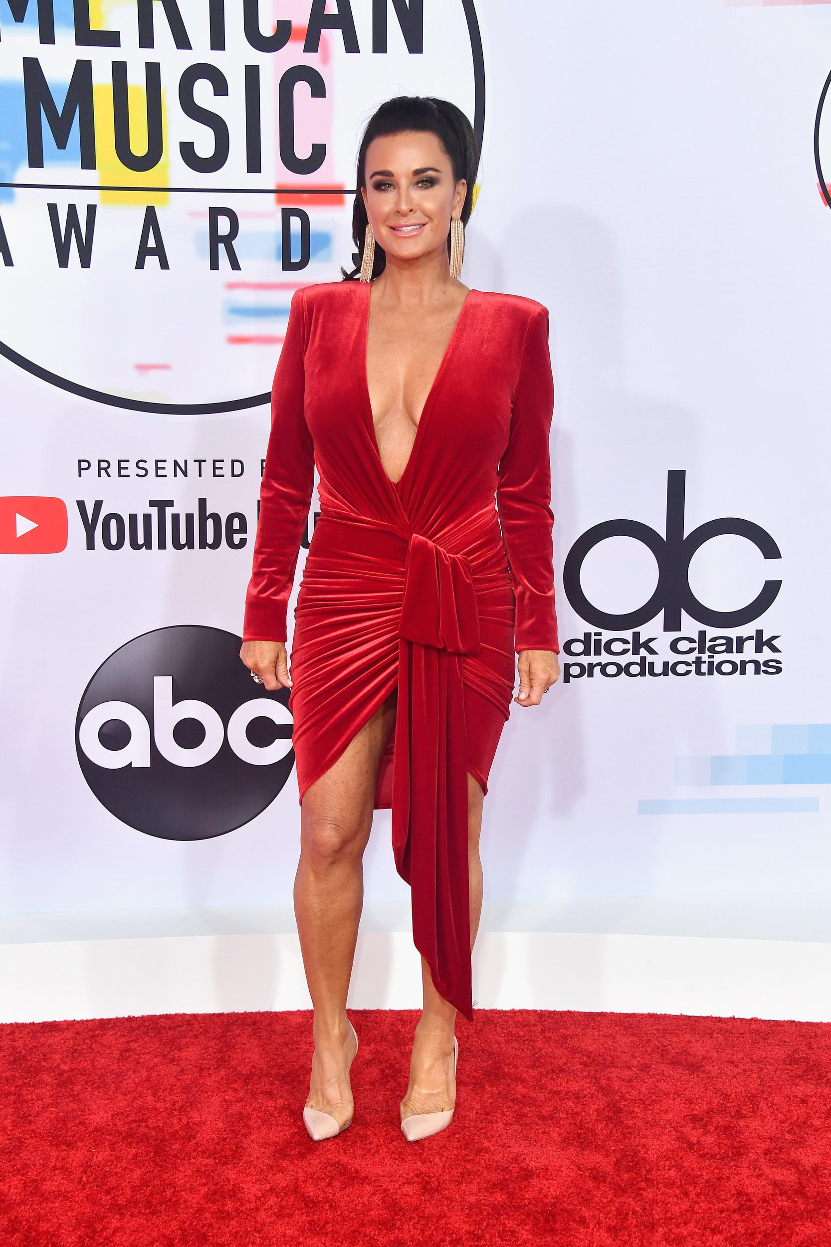 LOS ANGELES, CA - OCTOBER 09: Kyle Richards attends the 2018 American Music Awards at Microsoft Theater on October 9, 2018 in Los Angeles, California. (Photo by Frazer Harrison/Getty Images)