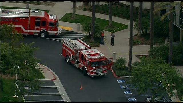 Chopper 8 Raw Video: Evacuations at Sorrento Valley medical center