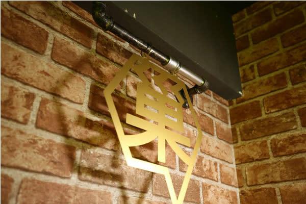 蜂巢膠囊旅店距離花蓮火車站約五到十分鐘的距離(圖片來源/蜂巢膠囊旅店)