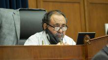 El congresista Grijalva arroja positivo a la prueba del COVID-19