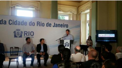 Crivella negocia com empresas para novo autódromo do Rio sair do papel