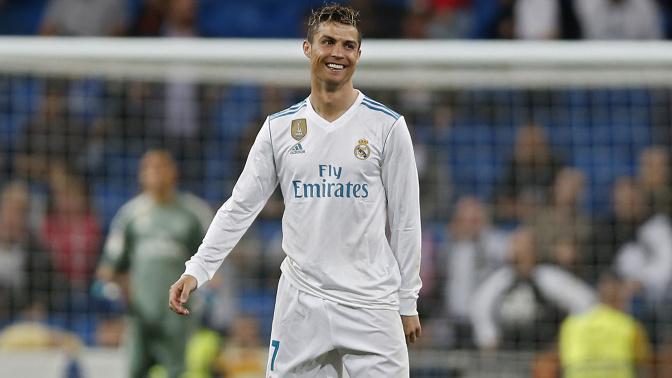 Cristiano Ronaldo se escapa con su mujer a Portugal