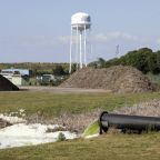 Florida to close wastewater reservoir with leak history