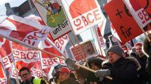 Geld oder Freizeit? Chemie-Gewerkschaft fordert Wahloption für Beschäftigte