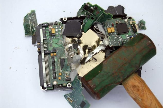 IBM wants to kill the hard drive it invented