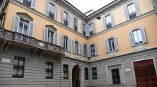 Del Vecchio rules out push for control of Mediobanca after raising stake