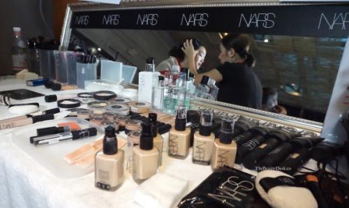 Singapore Fashion Week, backstage beauty, backstage beauty tips, beauty tips, makeup tips, how to do your makeup like a pro, pro makeup artist tips