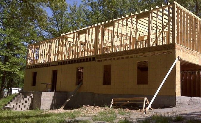 Using Nothing But You Tutorials Woman Built House From