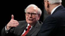"""Warren Buffett, """"l'oracle"""" milliardaire qui se voulait simple mortel"""