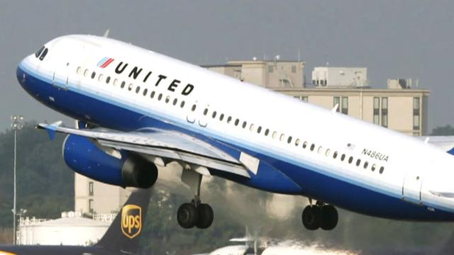 United Airlines fined over refund delays