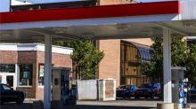 ExxonMobil (XOM) Plans to Further Expand Singapore Facility