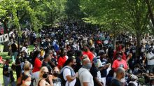 """""""Enlevez votre genou de nos cous"""" : des milliers de personnes se rassemblent à Washington pour dénoncer les violences policières et le racisme"""