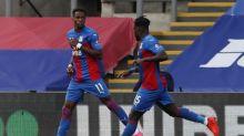 Zaha marca, Guaita brilha e Crystal Palace vence Southampton em casa
