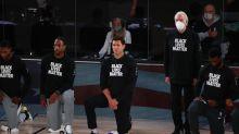 NBA : Gregg Popovich est resté debout pendant l'hymne