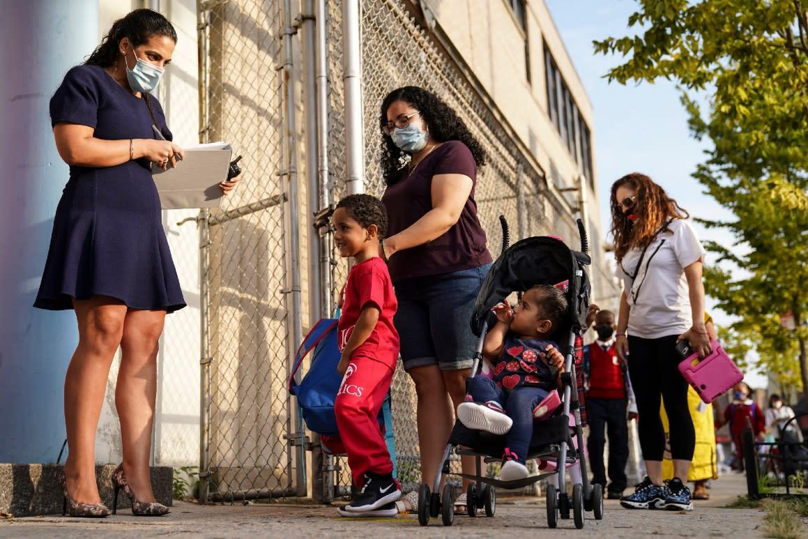 De Blasio delays in-person schooling a second time
