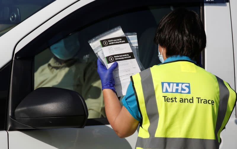 Weekly COVID-19 cases up 61% in England: test and trace scheme
