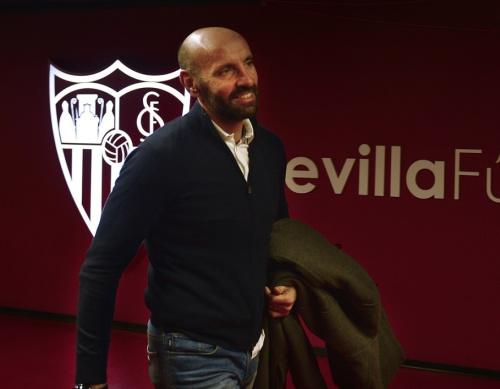Monchi assure ne pas avoir signé avec l'AS Roma (un espoir pour le PSG ?)