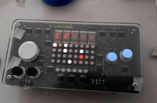 Crowdfunded Nanoloop synth doesn't need a Game Boy to make beats